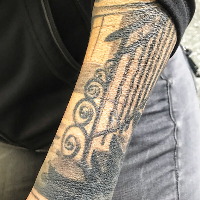 Tattoo Arm Beelitz